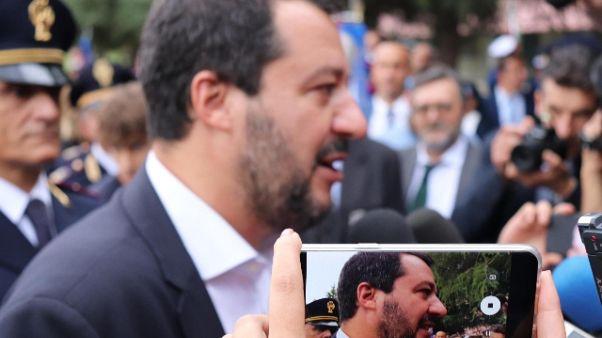 Salvini, Francia ci dia nomi migranti