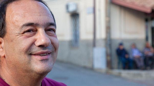 Domenico Lucano ha lasciato Riace