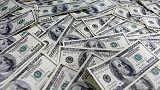 الدولار يصعد لليوم الثاني مع ترقب وقائع اجتماع المركزي الأمريكي