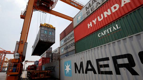 EU pushes for approval of trade agreement with Vietnam