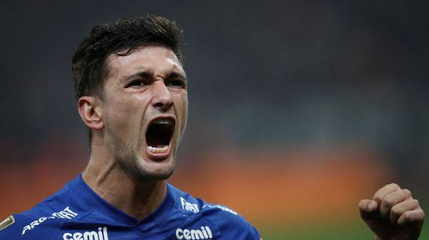 Jet-setting substitute helps Cruzeiro lift Copa do Brasil