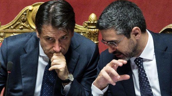 Fraccaro, in ministeri governi passati..