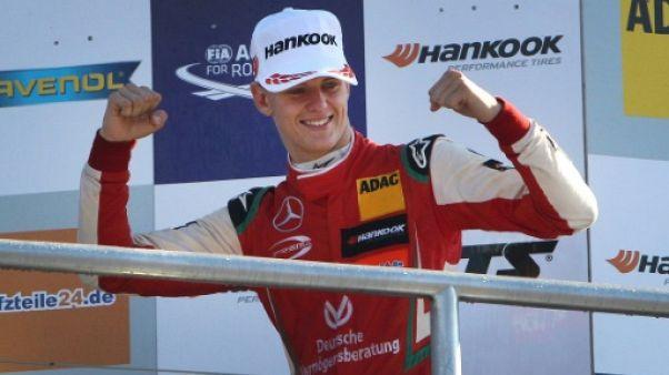 """Hamilton """"100% sûr"""" que Mick Schumacher arrivera en F1"""