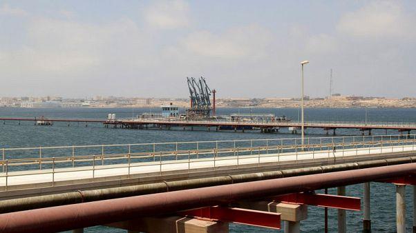 عمال: ميناء الحريقة الليبي يعمل بصورة طبيعية بعد احتجاجات