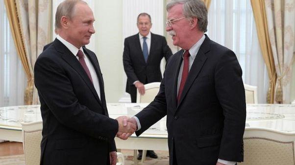 وكالة: بوتين يعتزم الاجتماع مع مستشار الأمن القومي الأمريكي
