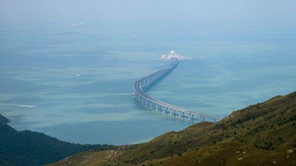 Ouverture mercredi du pont géant reliant Hong Kong à la Chine continentale