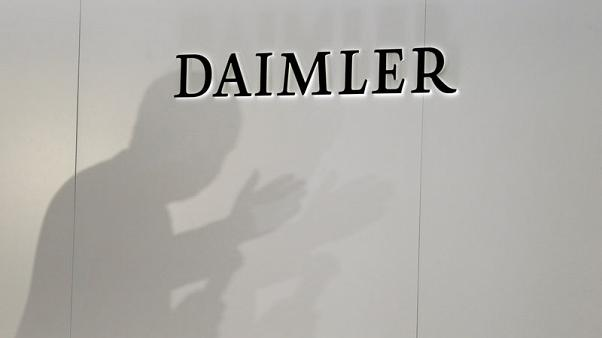 Daimler issues profit warning on diesel woes, shares hit 5-year low