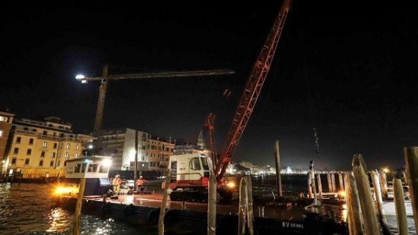 Enel: super-cavo subacqueo a  Venezia