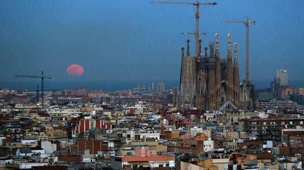 كاتدرائية في برشلونة تحصل على ترخيص بعد 130 عاما من بدء البناء