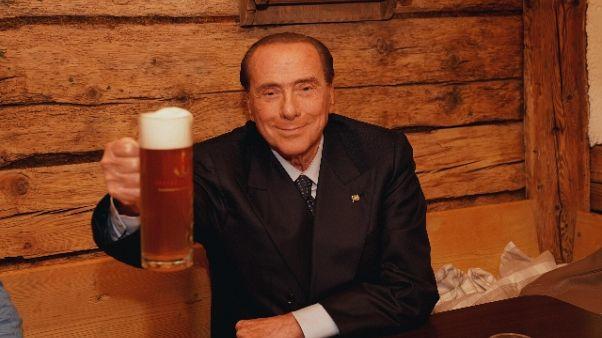 Berlusconi, auspico presto fine governo