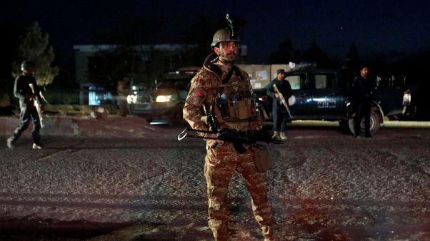 مقتل 15 في تفجير انتحاري بالعاصمة الأفغانية في يوم الانتخابات