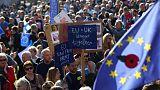 مئات الآلاف يتظاهرون في لندن للمطالبة باستفتاء بشأن مغادرة الاتحاد الأوروبي