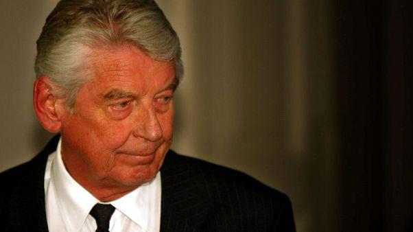 وفاة فيم كوك رئيس وزراء هولندا الأسبق عن 80 عاما