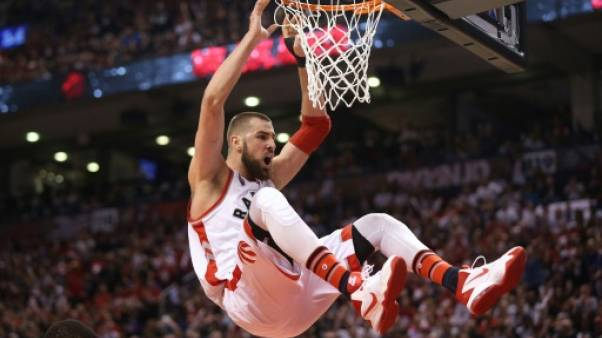 NBA: Toronto poursuit son sans-faute