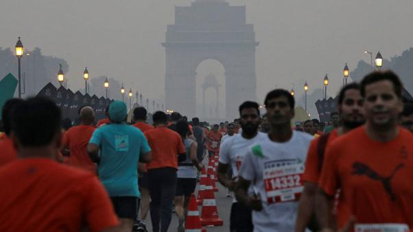 New Delhi half-marathon tries radio waves to beat city's toxic smog