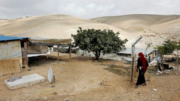 """Israël reporte de """"quelques semaines"""" la démolition d'un village bédouin en Cisjordanie"""