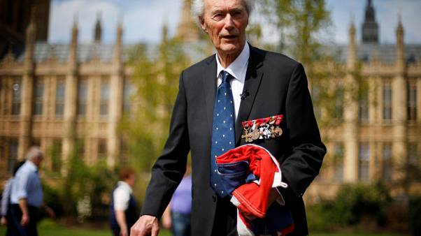 Man who foiled Nazi nuclear plan dies aged 99