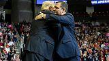 """Au Texas, Trump soutient son ex-rival, """"Ted le magnifique"""""""
