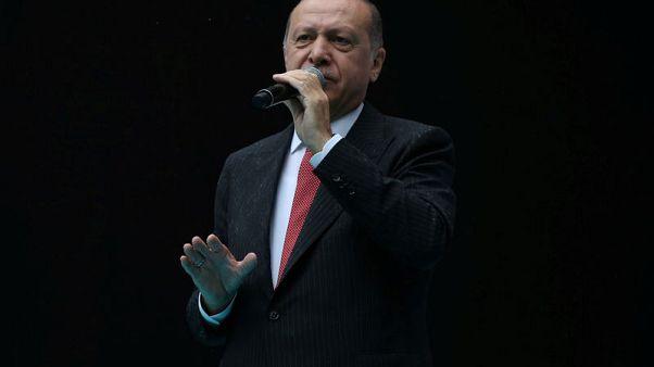 أردوغان يقول إنه غير راض عن تحميل السعودية المسؤولية لبعض أفراد المخابرات