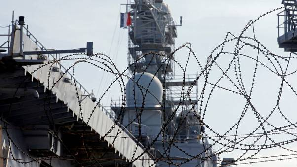 France begins deliberations on new aircraft carrier