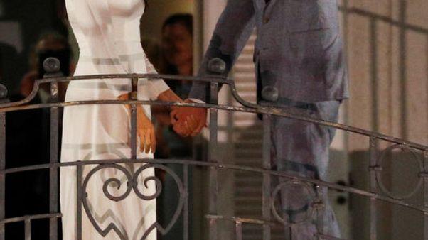 الأمير هاري وزوجته يصلان إلى فيجي في أول زيارة ملكية منذ انقلاب 2006