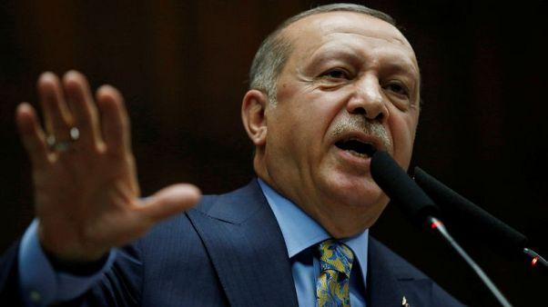 أردوغان يقول إن التعاون سيستمر مع القوميين
