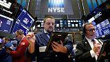 أسهم أمريكا تهوي عند الفتح وسط أداء ضعيف للشركات الصناعية