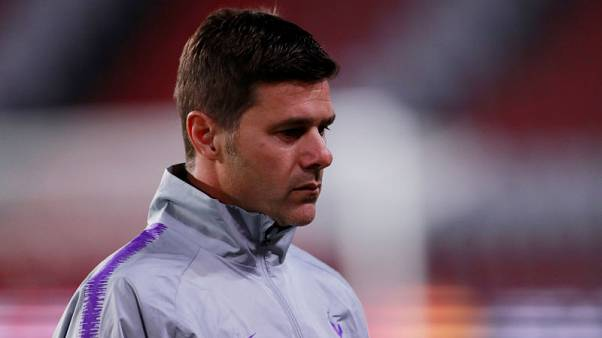 Spurs' boss Pochettino calls for calm ahead of PSV clash