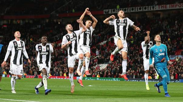 Juve take charge of Group H with win at Man United