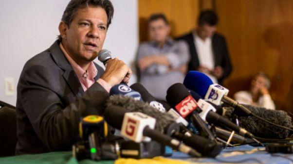 """Haddad veut lutter jusqu'au bout contre """"le fascisme"""" au Brésil"""