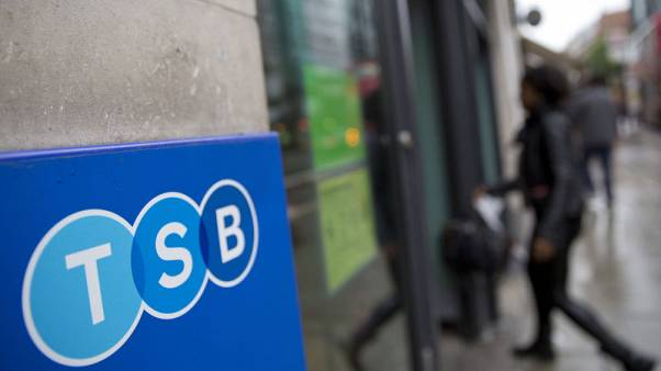 TSB loses nearly 17,000 customers following IT outage