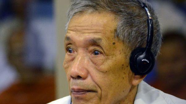 """Cambodge: l'ancien khmer rouge """"Douch"""" hospitalisé"""