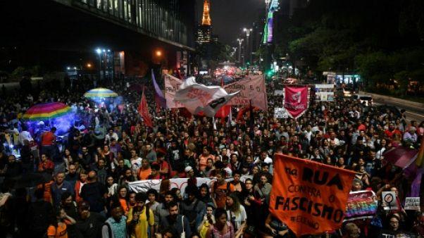 Angoisse de la présidentielle: les Brésiliens sur le divan