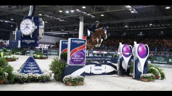 Equitazione: a Verona Jumping World Cup