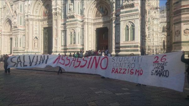 Striscione contro Salvini, 3 denunciati