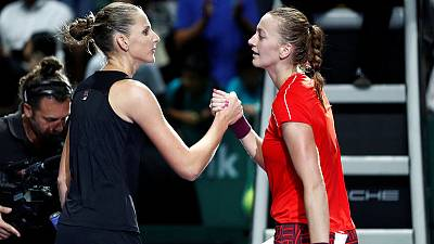 Pliskova eases past Kvitova to book semi-final berth