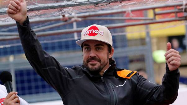 Alonso's departure reflects badly on F1, says Sainz