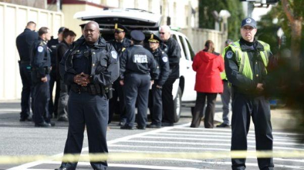 Etats-Unis: chasse à l'homme après l'envoi de colis suspects à des personnalités