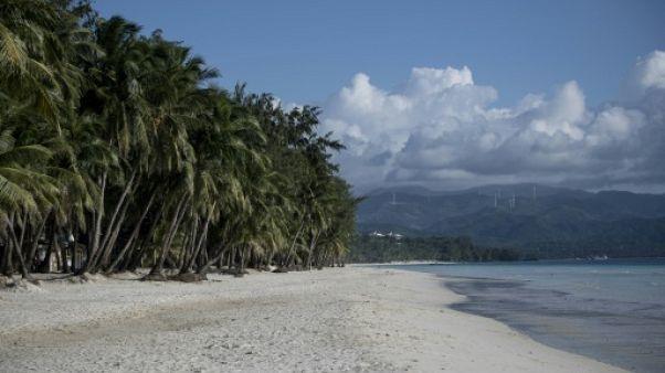 Une plage de l'île de Boracay, le 25 octobre 2018 aux Philippines