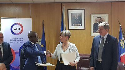 Convention de subvention entre l'Agence Française de Développement (AFD) et le gouvernement namibien pour la promotion de l'unité Partenariats-Publics-Privés (PPP)