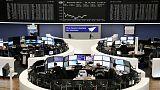 الأسهم الأوروبية تتجه نحو تسجيل أسوأ أداء شهري منذ 2015