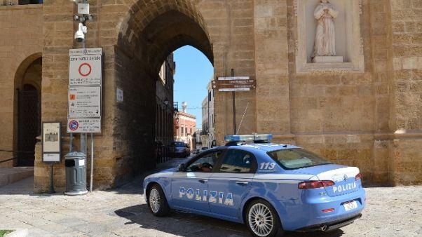 Ronda razzista a Brindisi, due arresti