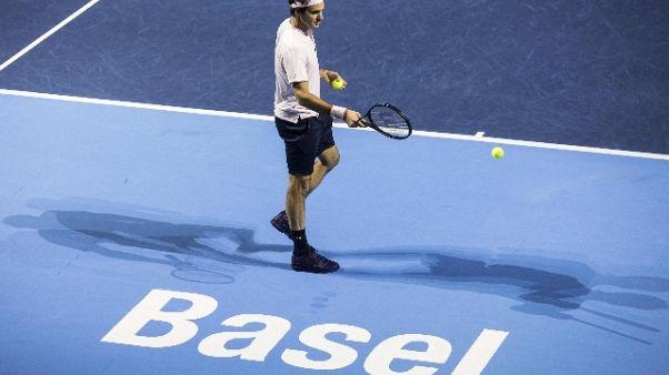 Federer in finale nella 'sua' Basilea