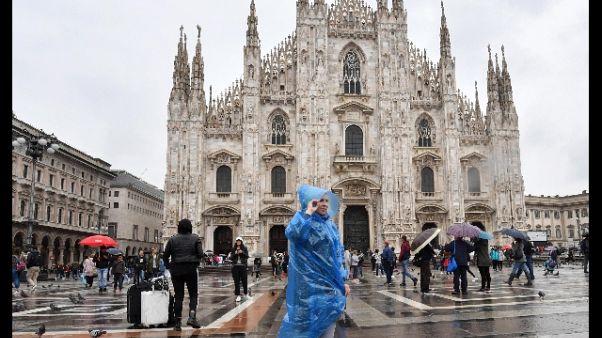 Pioggia a Milano, neve in Valtellina
