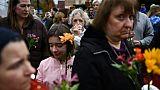 """La communauté juive de Pittsburgh """"stupéfiée"""", reste soudée"""