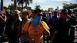 مجموعة جديدة من المهاجرين تغادر سان سلفادور متجهة إلى أمريكا