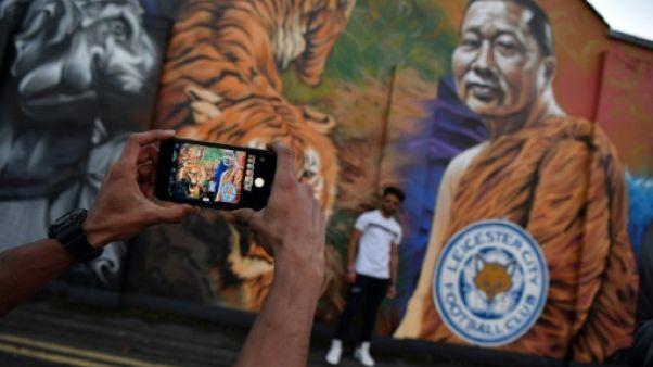 """Jamie Vardy rend hommage à la """"légende"""" Vichai Srivaddhanaprabha, """"âme"""" du club de Leicester"""