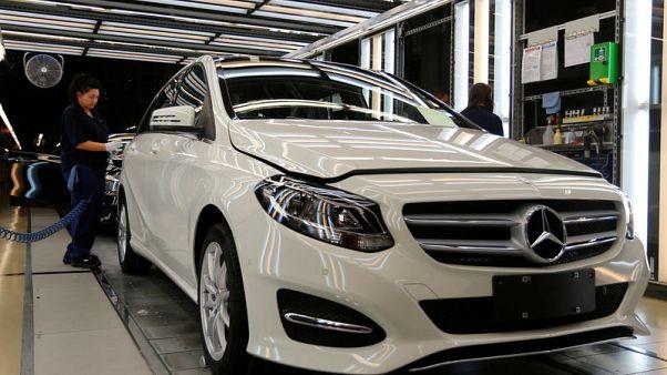 U.S. regulator probes Mercedes-Benz USA's recent safety recalls