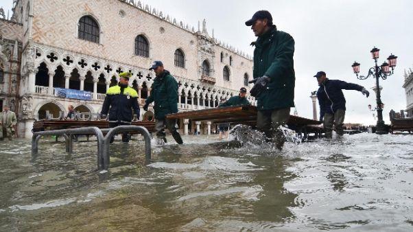 Venezia aspetta super-acqua alta