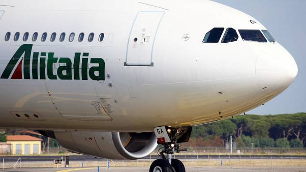 Italy state-owned railways to discuss Alitalia offer Monday - source